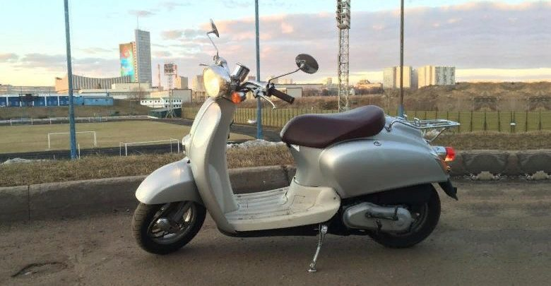 Honda Giorno Crea AF 54: современный ретро-cкутер