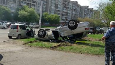 Photo of ДТП столкнулись Toyota Vitz и Caldina, есть пострадавшие. Комсомольск-на-Амуре