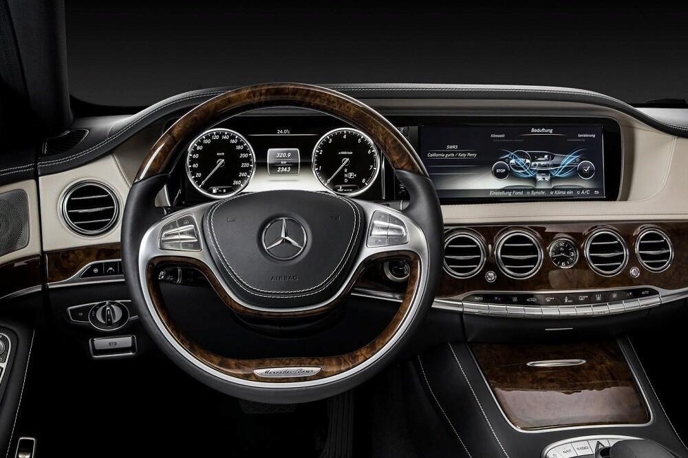 Салон Mercedes S-class W222, 15.05.2013