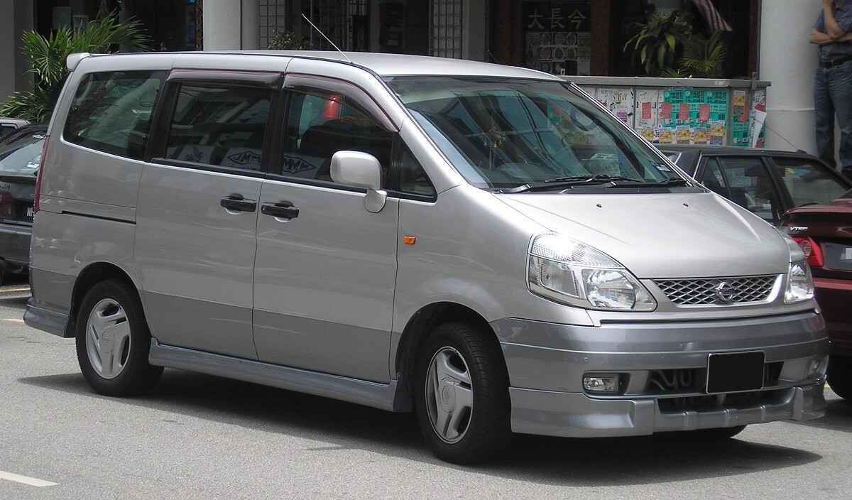 Nissan Serena второй генерации