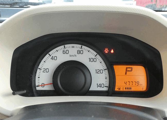 Suzuki Alto дешевый японский автомобиль