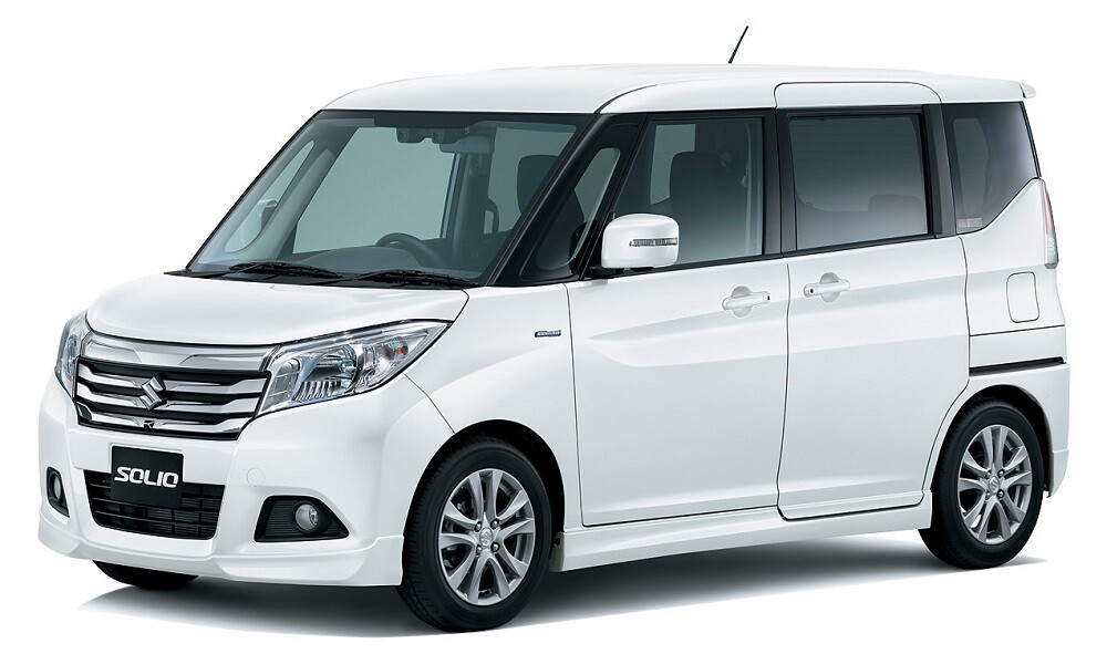 обзор Suzuki Solio Hybrid SZ