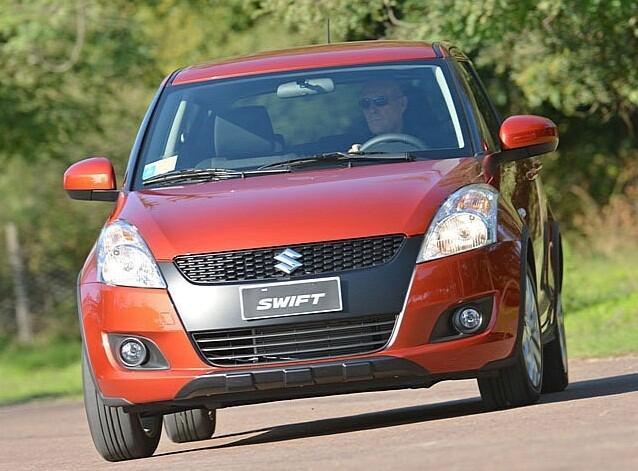 suzuki swift автомобиль 2012 года