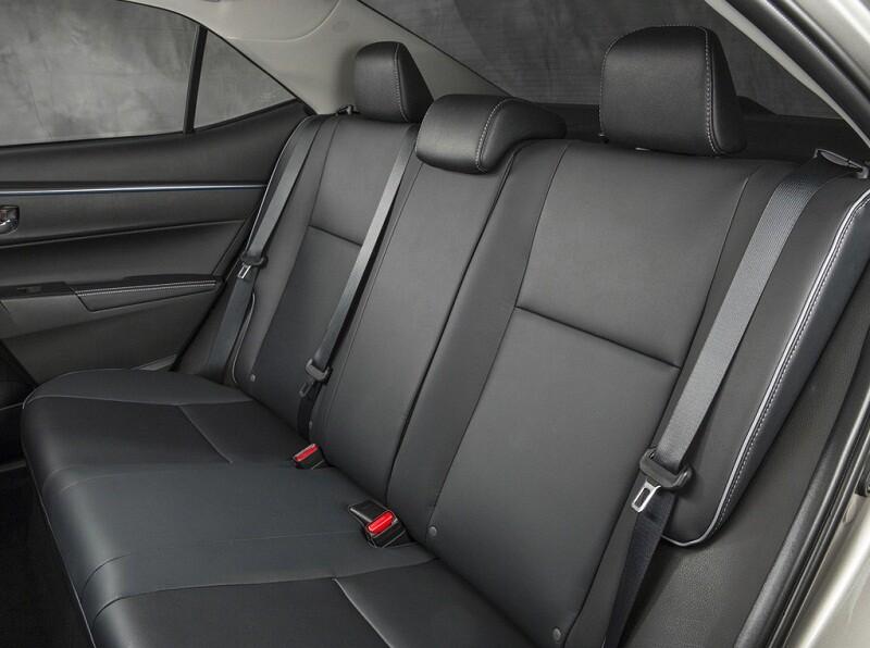 Обзор автомобиля Toyota Corolla