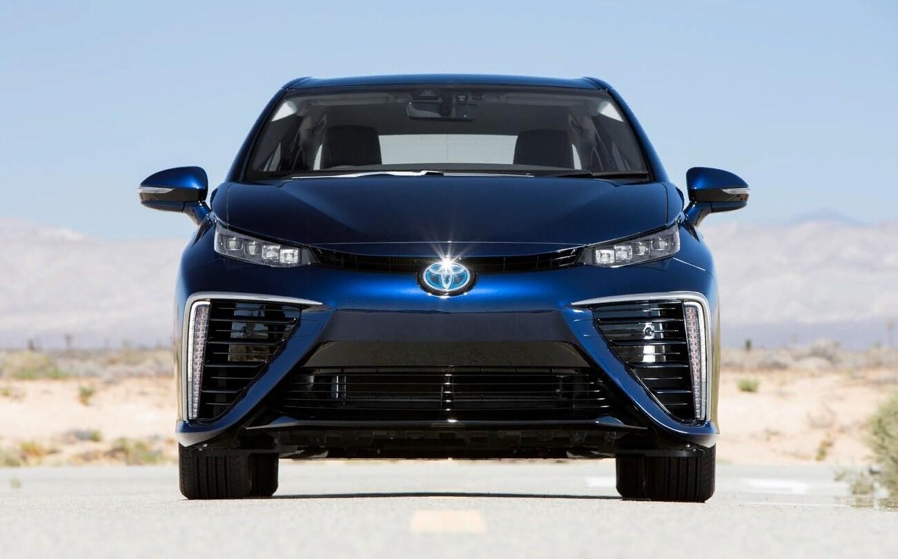 Внешний вид Toyota Mirai