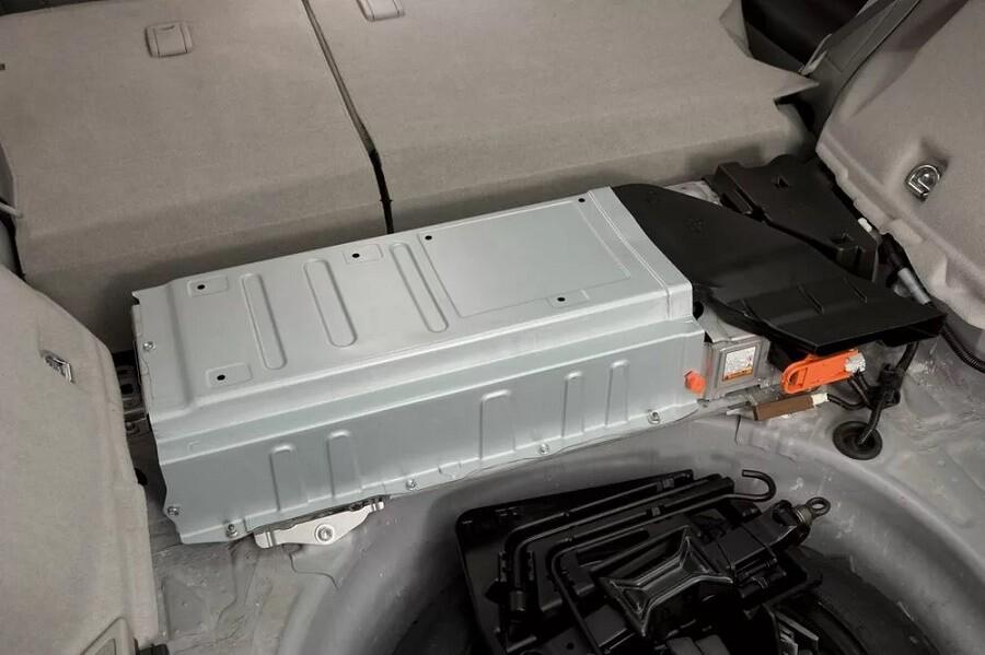 Аккумуляторная батарея обзор Тойота Приус в 30 кузове