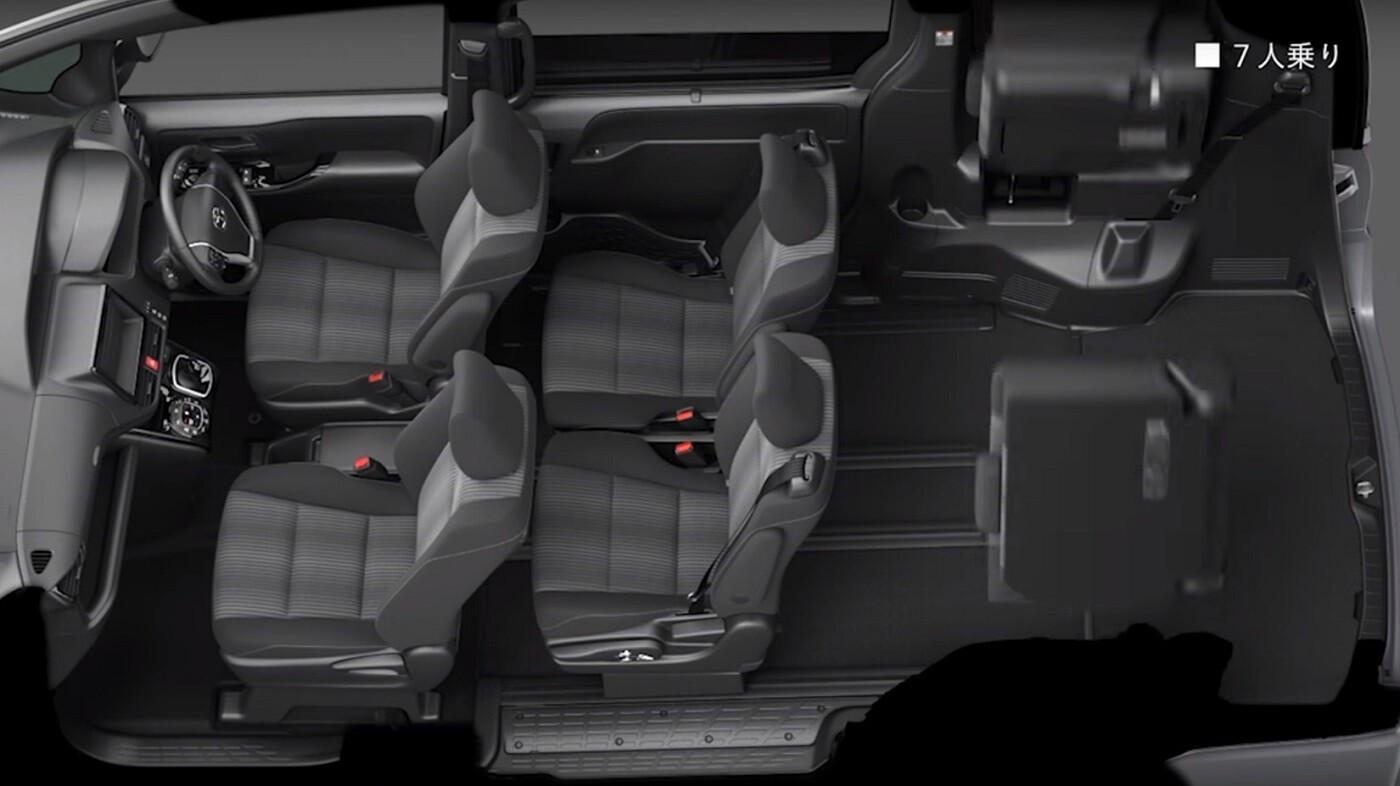 Toyota Voxy возможности салона
