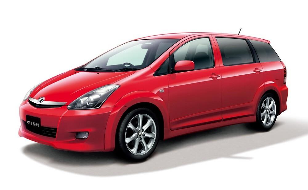 Toyota Wish первое поколение