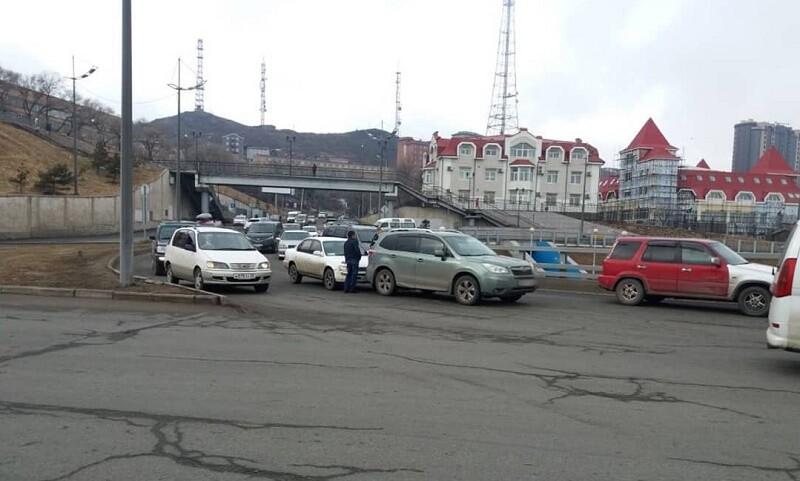 ДТП на перекрестке «фуникулер». Владивосток