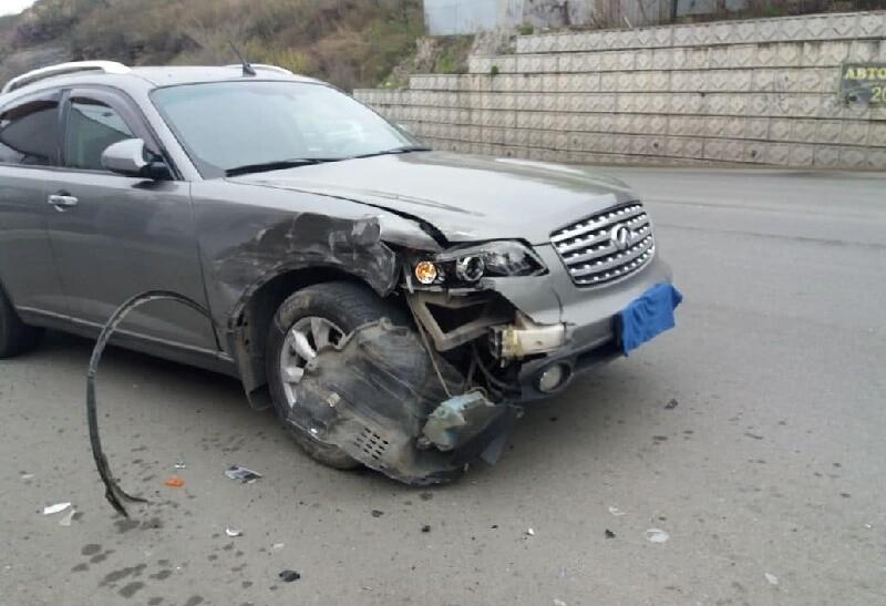 ДТП на Юмашева Infiniti влетел в стоящий StepWGN! Владивосток