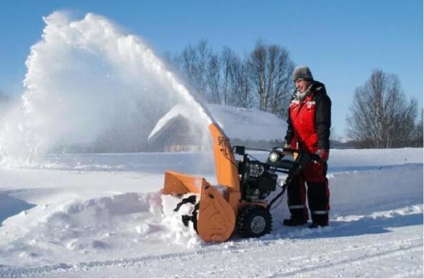Снегоуборщик Хускварна