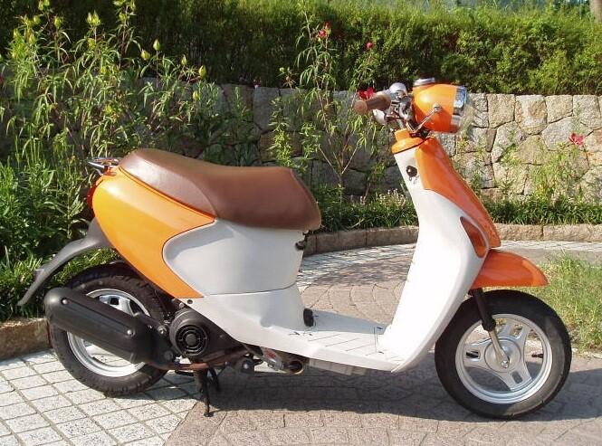 японские скутеры 50 кубов Let's 4 Pallet