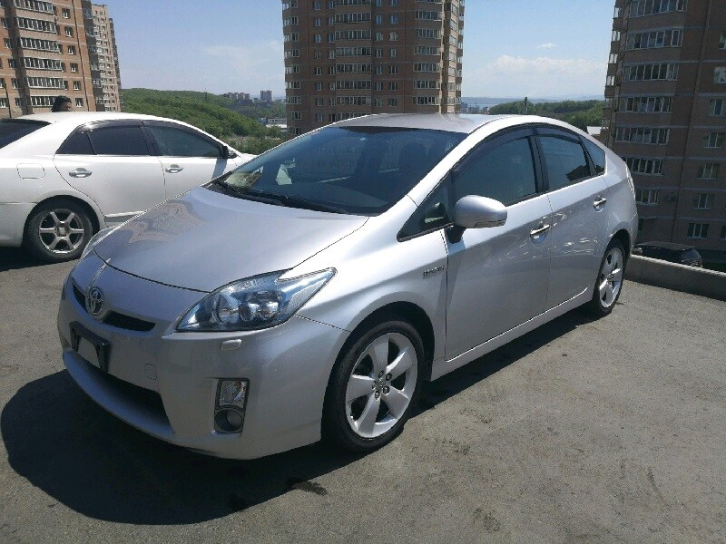 Toyota Prius 30 кузов без пробега, 2011 год во Владивостоке, 775 000 руб