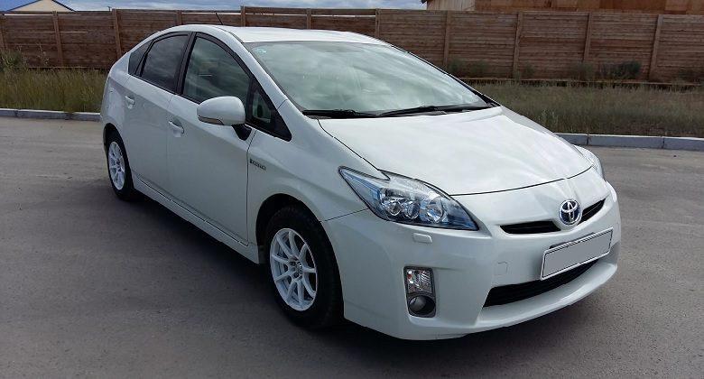 Аренда Toyota Prius Hibryd (20, 30 кузов)