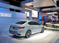 новые автомобили ILX