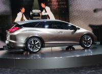 обзор автомобиля Civic