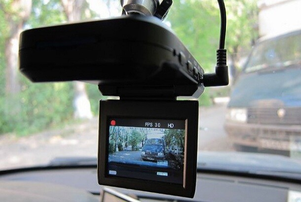 пользование автомобильным видеорегистратором